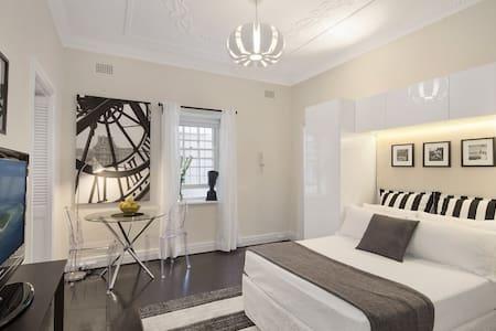 Surry Hills Art Deco Studio