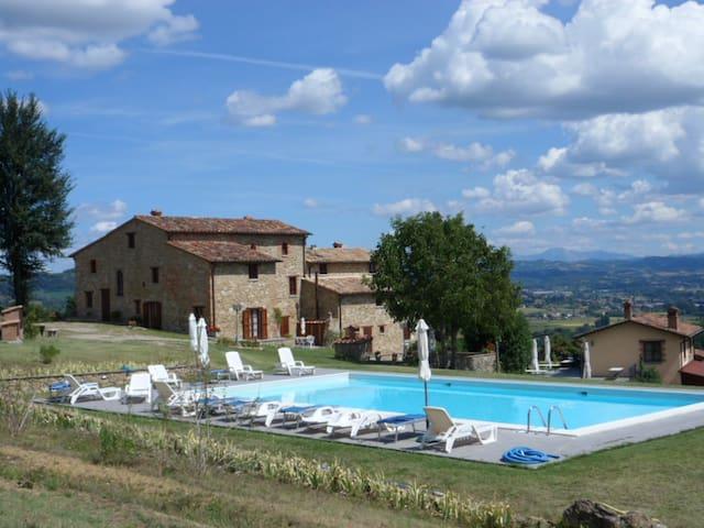 Stupendo@villalugnano countryhouse - Lugnano - House