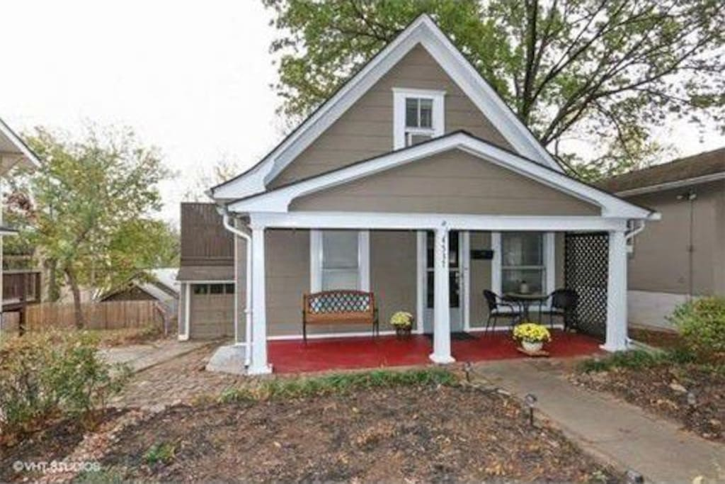 Cozy West Plaza Bungalow Houses For Rent In Kansas City