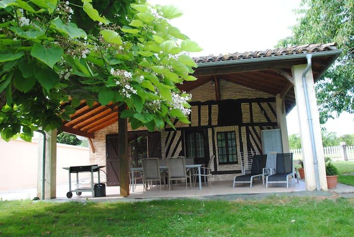 Gîte de pêche prés d'une commanderie de templiers - Le Temple-sur-Lot - Hus