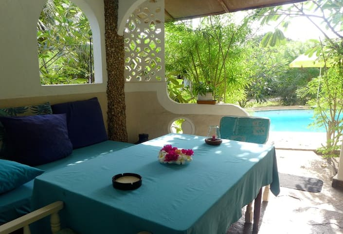 "Frangipani Cottages ""Mnazi II"" - Diani Beach - Wohnung"