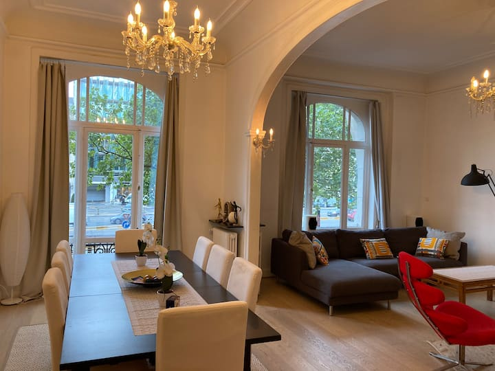 Couples GetaWay in Bxl: Your Home Away from Home