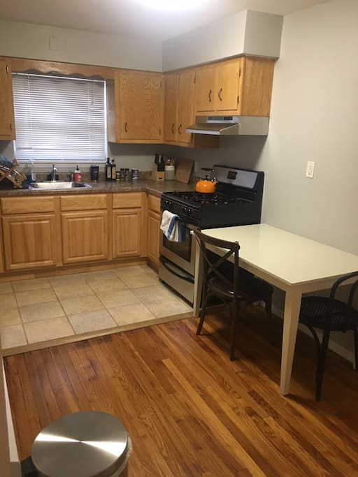 Spacious 1 Bedroom In Downtown Hoboken Apartments For Rent In Hoboken New Jersey United States