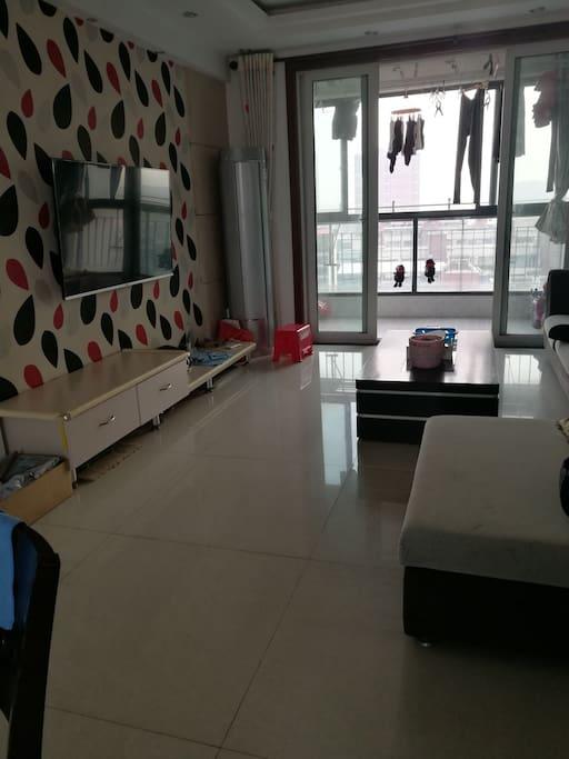 客厅和南阳台