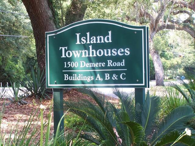 Island Townhouse