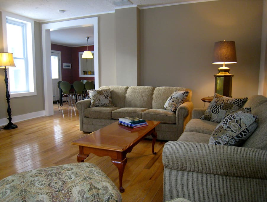 Newly renovated historic house with wireless internet, Smart Tvs, and central air conditioning for a super-comfortable vacation