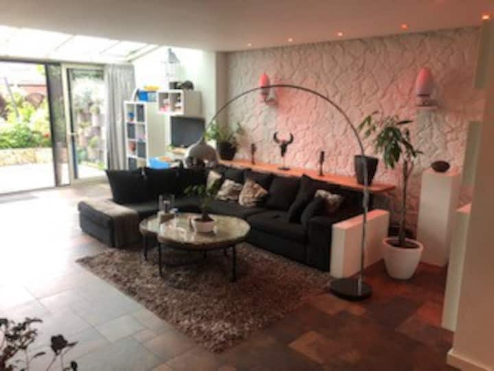 Complete house for rent during eurovision festival