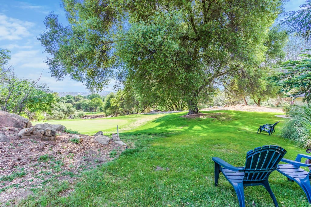 Enjoy a relaxing morning overlooking the 7th green of the golf course