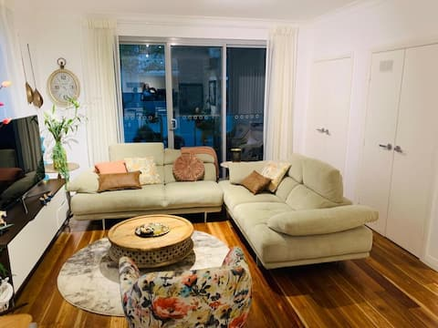 fully furnished one bedroom unit in St Ives - bills included
