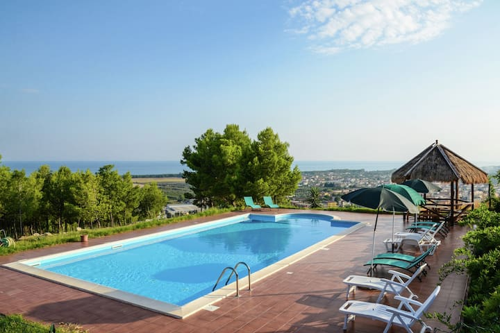 Luxurious Holiday home in Cropani Marina with Swimming Pool
