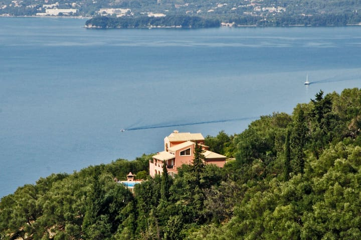 Luxury Villa w/panoramic views - Corfu - House
