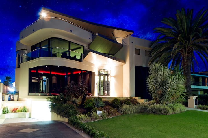 Gold Coast Mansion - Runaway Bay - Casa