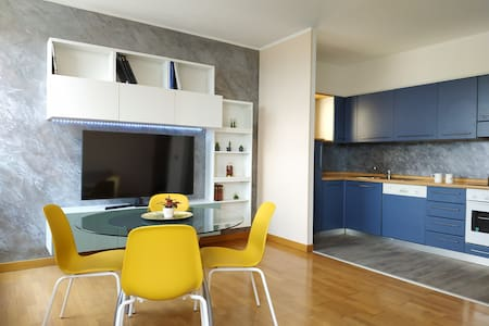 HOLIDAY APARTMENT GENOVA NEAR LANTERNA 11