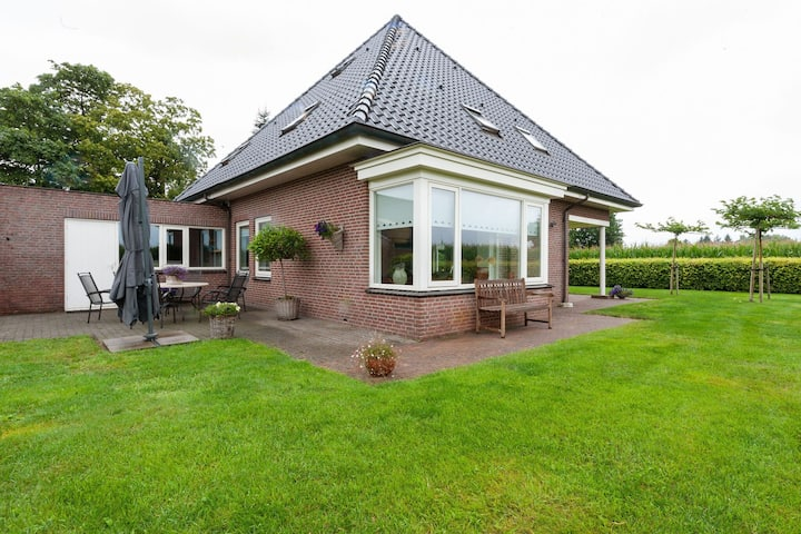 Tranquil Holiday Home in Balkbrug with Garden