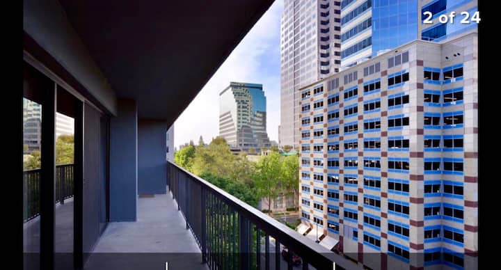Walk to Arena & Capital from a Light Filled Condo