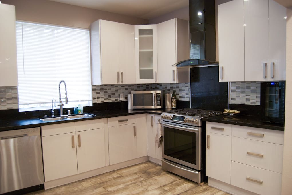 Rand new remodeled stainless steel kitchen!