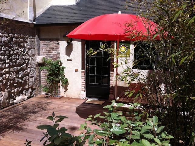 Maison charmante et cosy - La Bouille - บ้าน