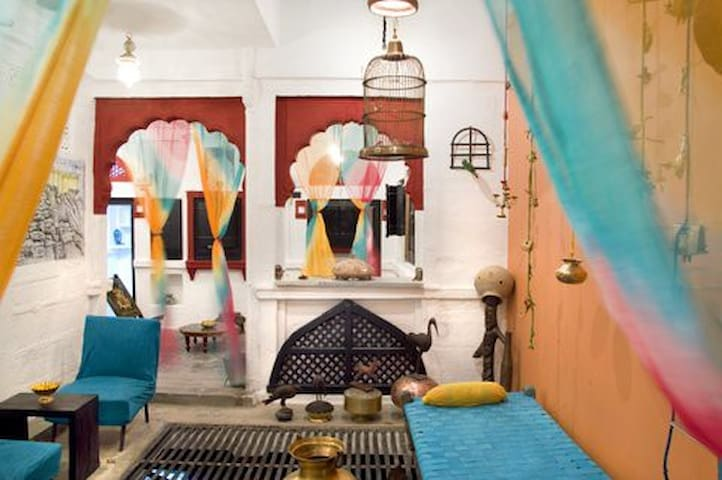 Delux Suite @ Haweli - Jodhpur - Bed & Breakfast