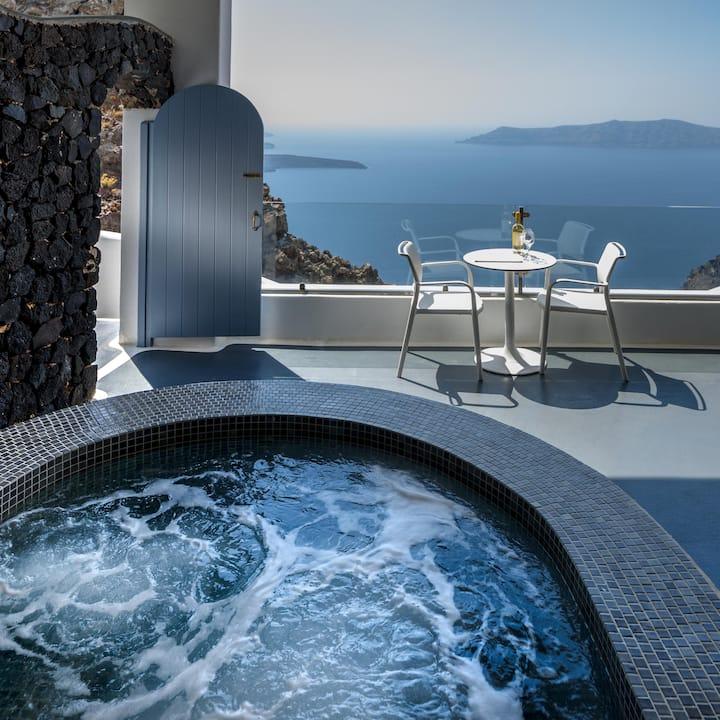 Junior Suite with hot tub at Pegasus Suites & Spa
