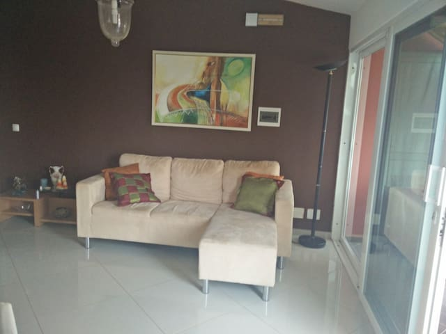 Zizi's Place - 3rd floor apartment - Praia - Appartement