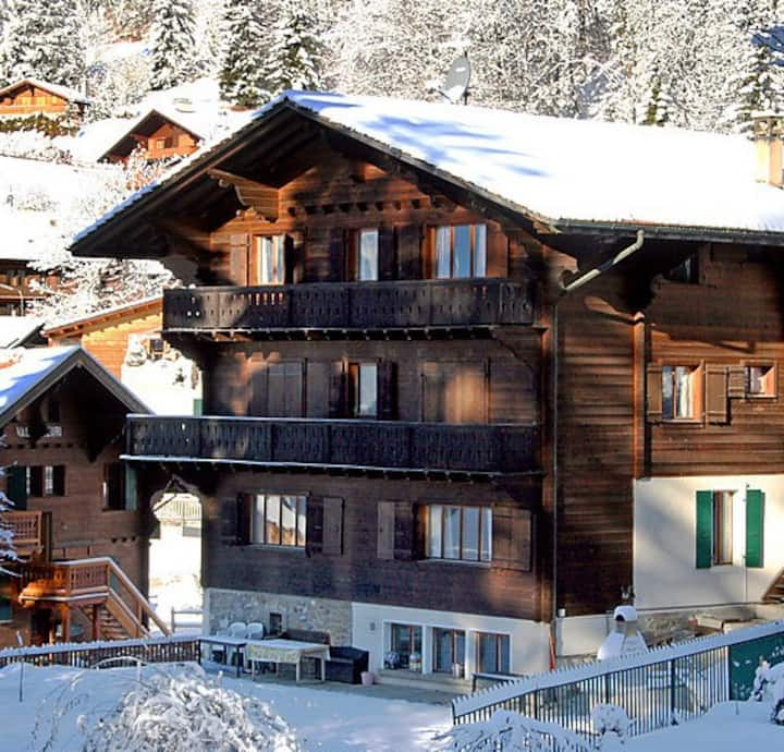 VILLARS chalet up to 28 guests!