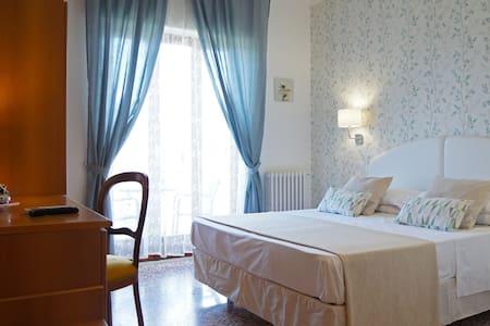 Double Room of Villa Susy Relais