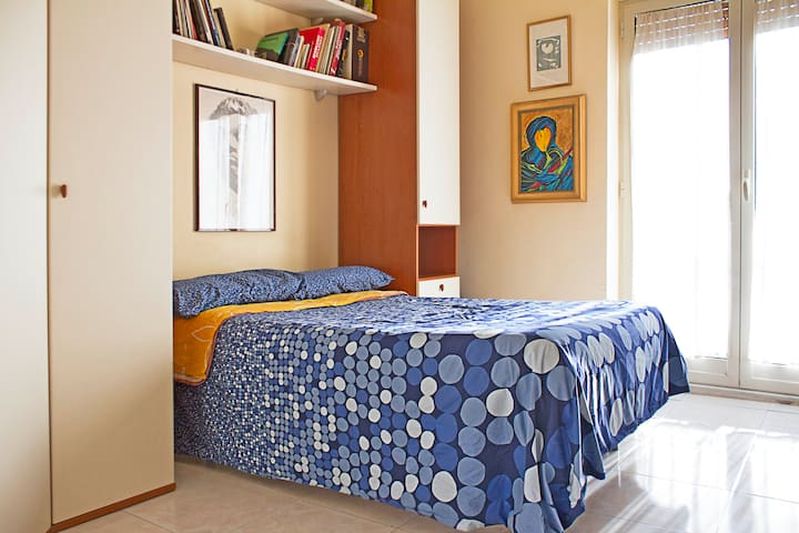 Beautiful room in the heart Naples - Neapol - Apartament