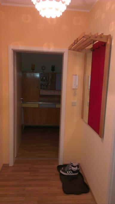 1 raum wohnung inkl fahrr der wohnungen zur miete in leipzig sachsen deutschland. Black Bedroom Furniture Sets. Home Design Ideas