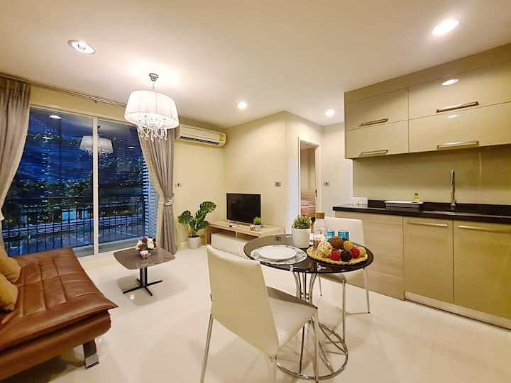 ILLUMINABLE LIFE STAY@Sukhumvit:1 BR/Bath tub/BTS