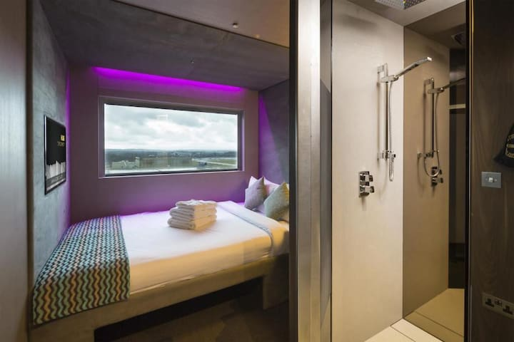 Classic Double Room, Bloc Hotel Gatwick Airport