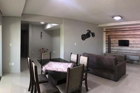 Apartamento novo c/ churrasqueira