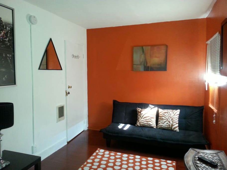 MY HOLLYWOOD SPACE RENTALS - #12