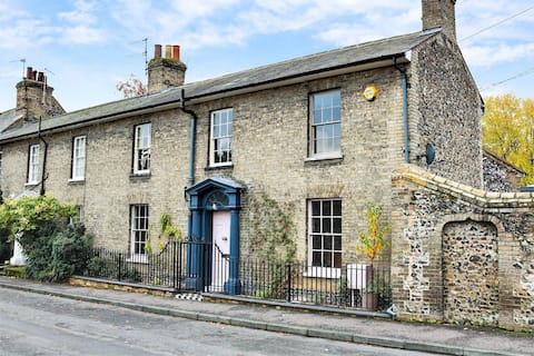 Stunning listed Georgian house in Thetford