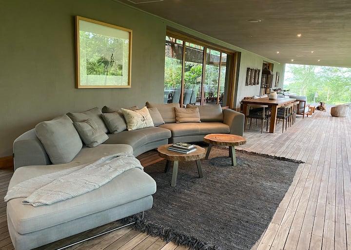 Summerfields Villa