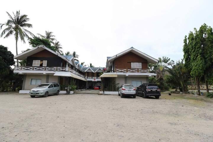 Villa manuela pagudpud. room for 4