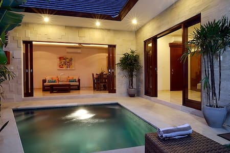 Sanur- Couples romantic retreat - private Villa
