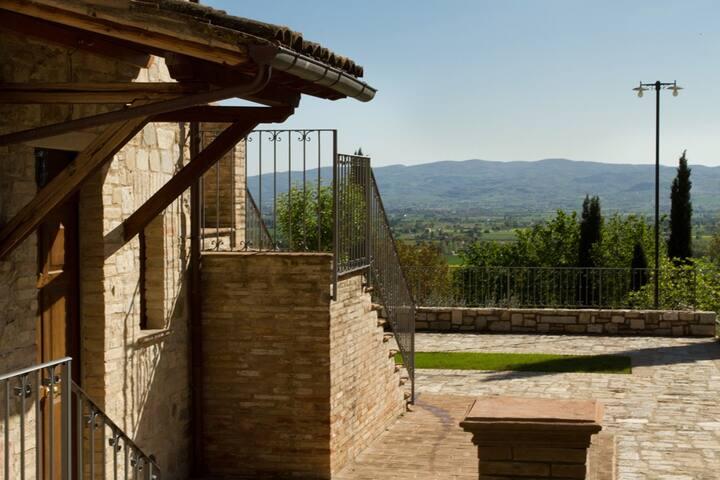 VILLA DEGLI ULIVI ASSISI  - Assisi - Villa