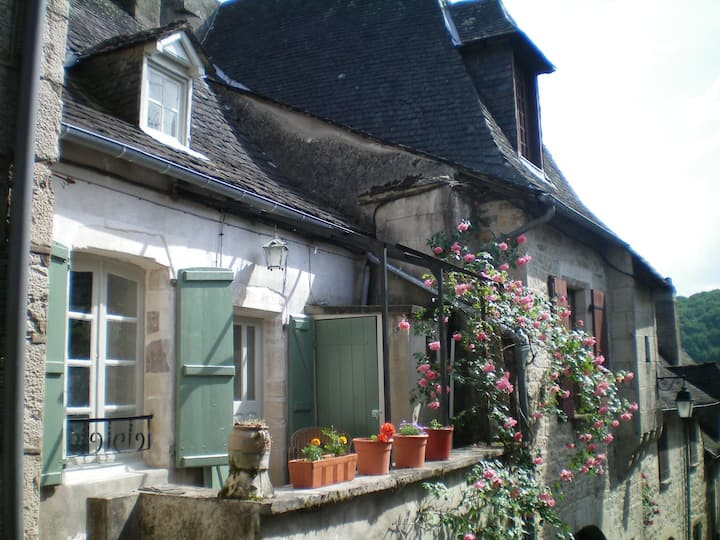 1 Bedroom House in Turenne, Nr Brive, Correze