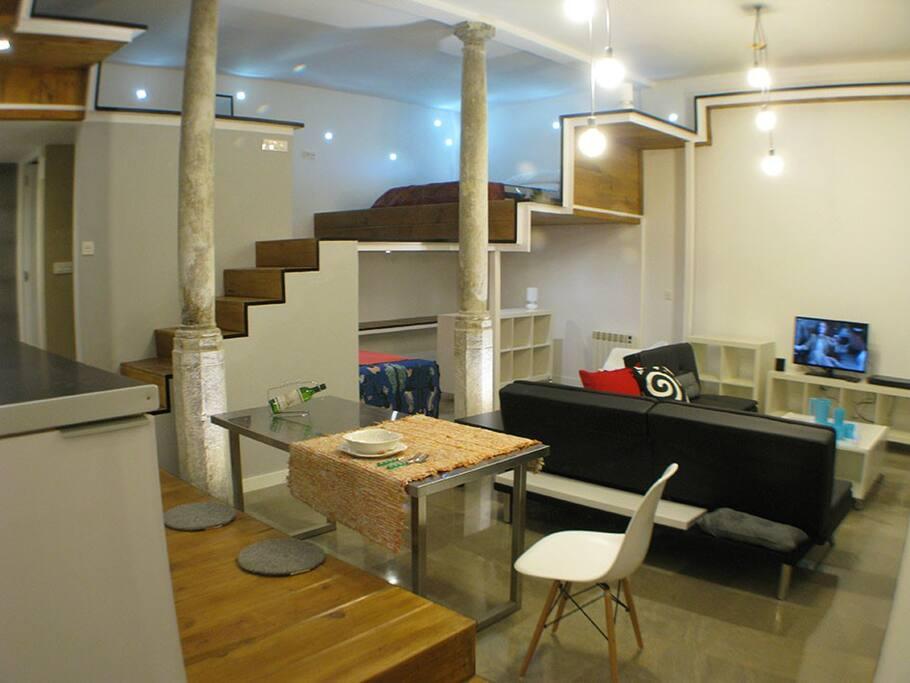 loft de luxe au centre ville lofts louer grenade. Black Bedroom Furniture Sets. Home Design Ideas