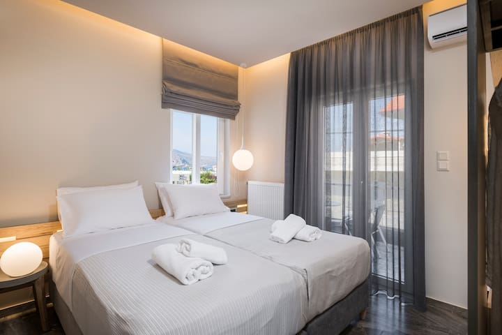 Sun Ray Luxury Apartment 201 | 100m From Agia Marina Beach