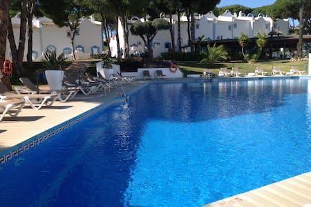 Beautiful 2 bed Villa beaches resort facilities - Marbella - Villa