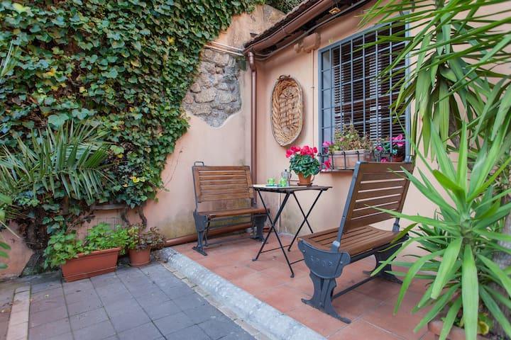 Trastevere Garden Loft grounfloor - Rome - Huis