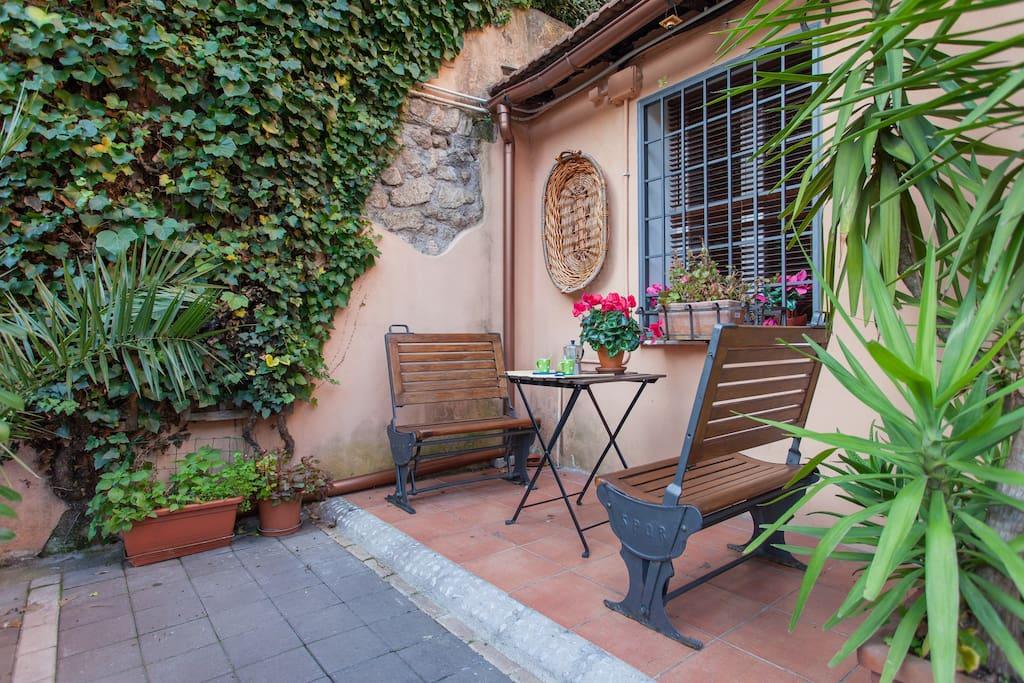 A trastevere garden loft houses in affitto a roma lazio for Loft roma affitto