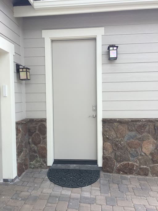 Private outside entrance to suite