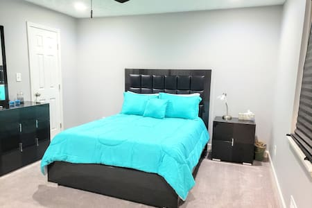 Perfect Master bedroom and bath!!! Room 1 of 3
