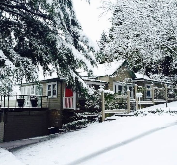 Kookaburra Cottage - a Winter wonderland!