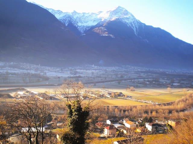 Pace, relax e vista sulla valle.. - Cercino fraz. Piussogno - Bed & Breakfast