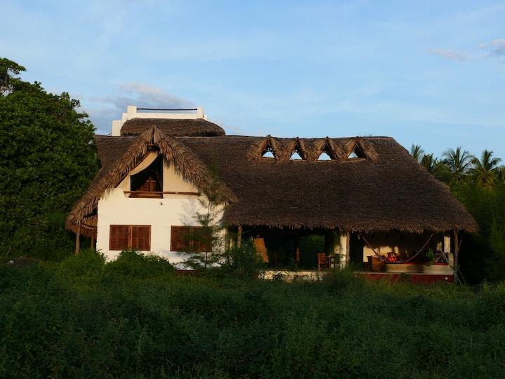 Magical Watamu House w/Lagoon Views
