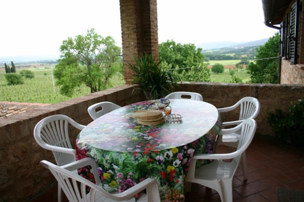 The terrace with view over the hills