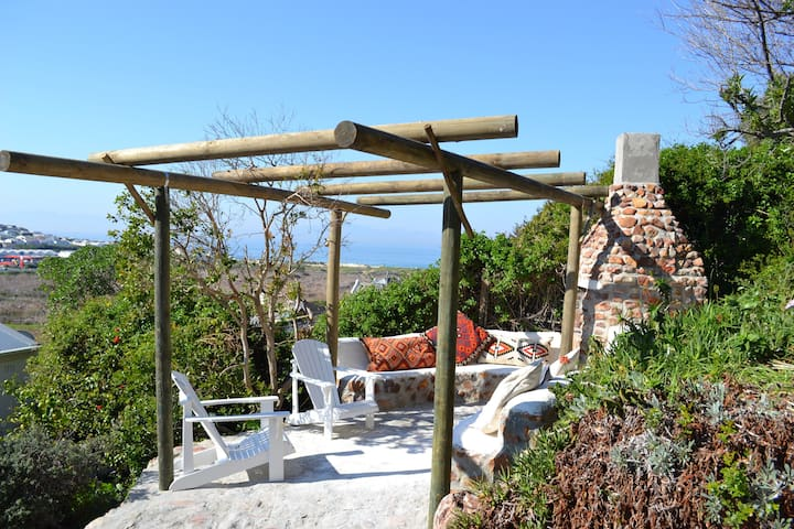 Tranquil,light & spacious 2 bed apartment - Cape Town - Apartment